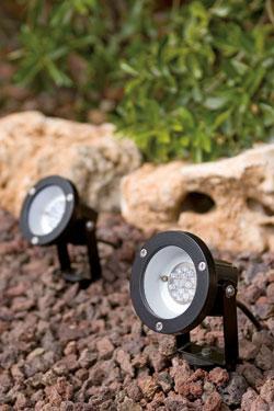 Consejos para la iluminaci n de tu jard n todo sobre for Luces de jardin exterior