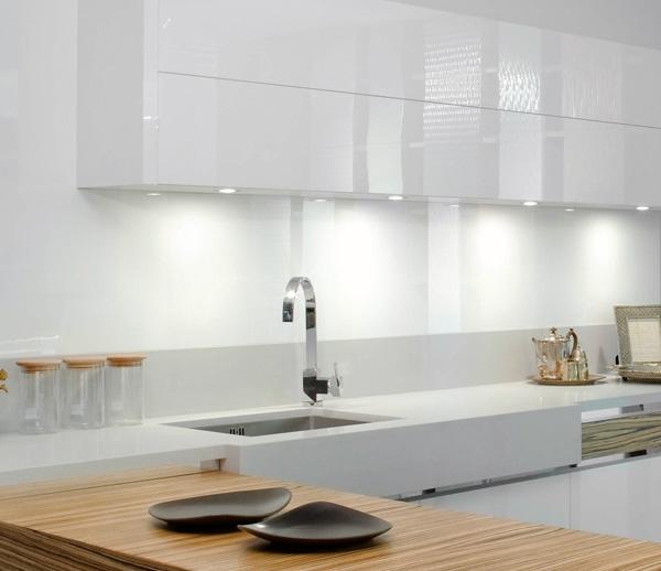 Consejos para iluminar tu cocina todo sobre l mparas e - Lamparas colgantes para cocina ...